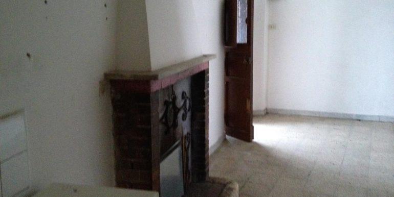 casa-semindipendente-vendita-rieti-belmonte-in-sabina-fsoggiorno-camino