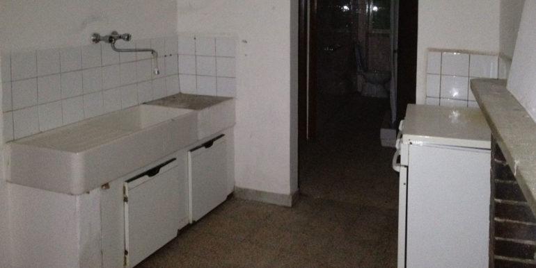 casa-semindipendente-vendita-rieti-belmonte-in-sabina-gcucina