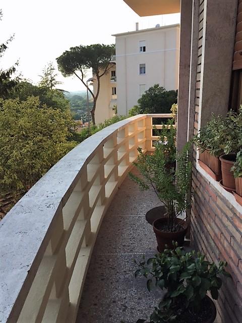 Vendita Nuda Proprieta' Ottimo investimento Piazza Vescovio Roma