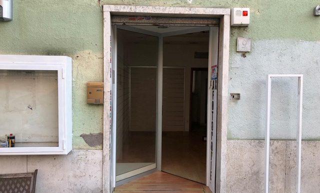 giadaimmobiliare-affitto-localecommerciale-pinetasacchetti- roma 1