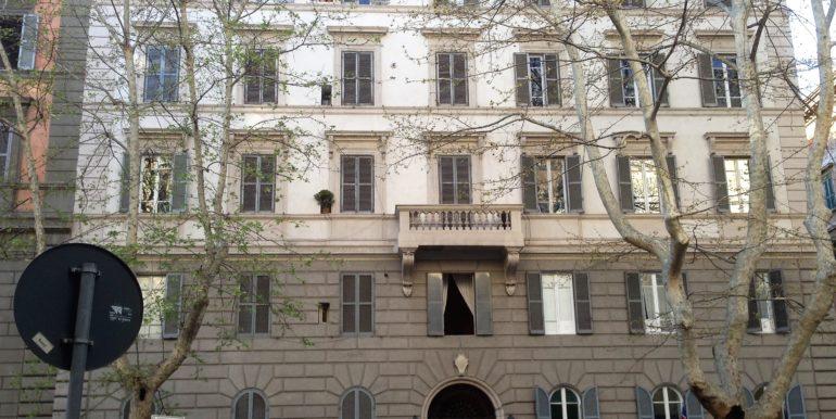 appartamento affitto roma castro pretorio palazzo4